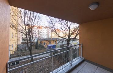 Квартира 2+кк 46м2 с лоджией в ЖК «Петроградский»
